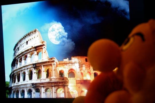 A dwarf in Rome